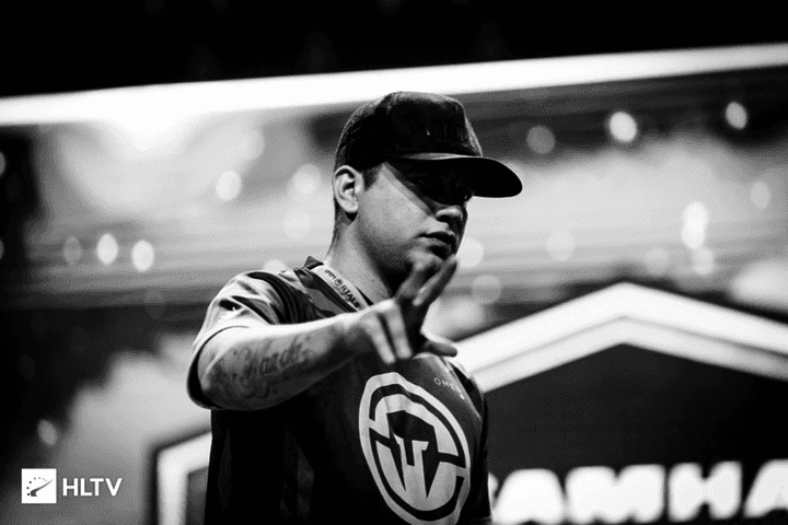 100 Thieves to replace kNgV- - Report