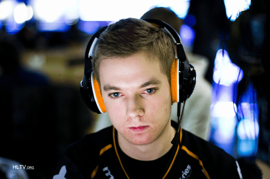 fnatic to sign Xizt - Report