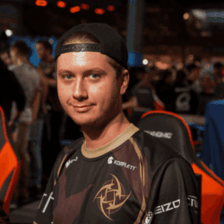player cs go Maikelele