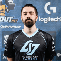 игрок cs go hazed