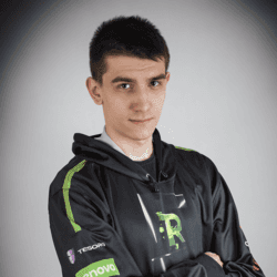 player cs go kamil